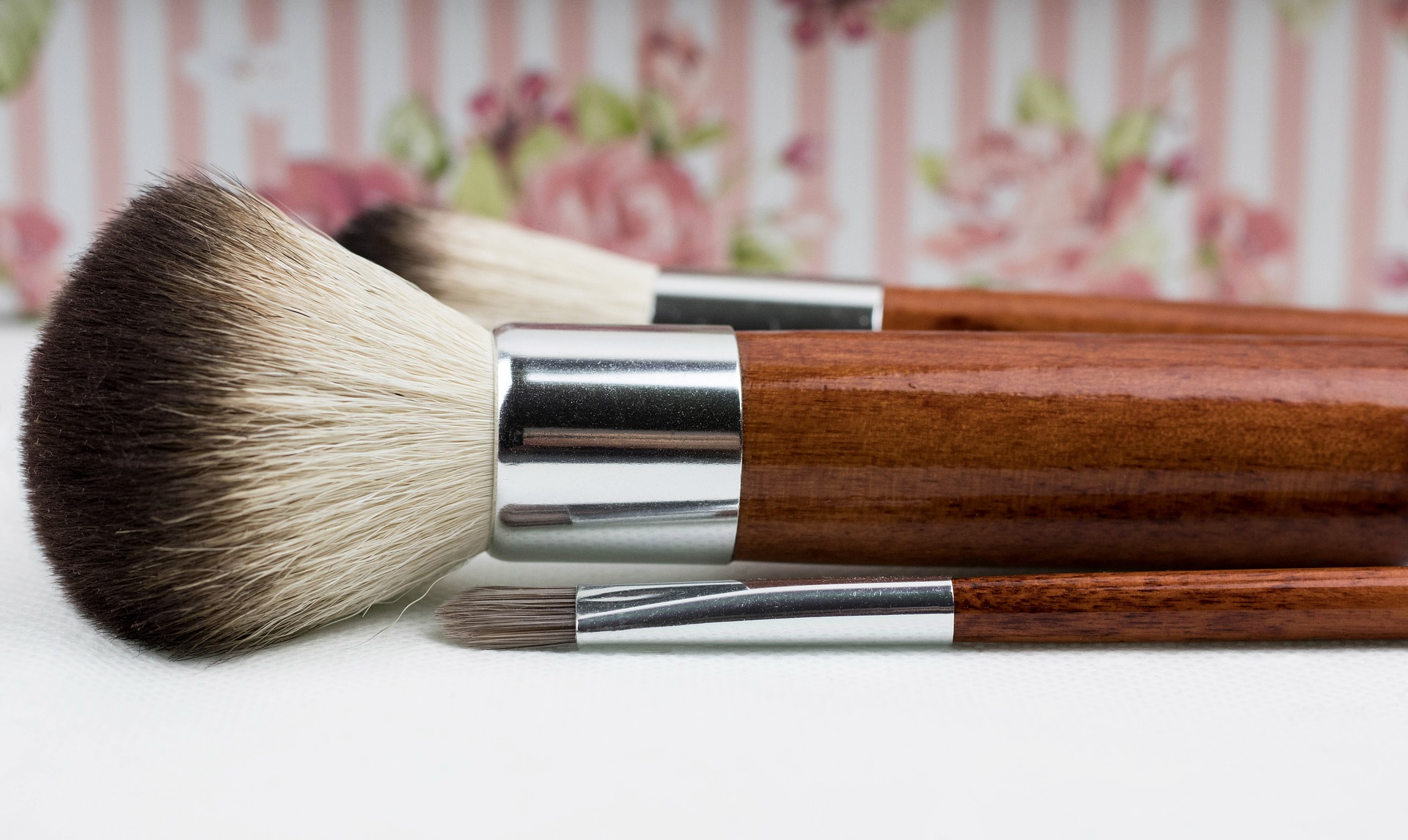 Shoppers who already have a set of brushes may need to replace just one. But a full set makes a great holiday gift, doesn't it?
