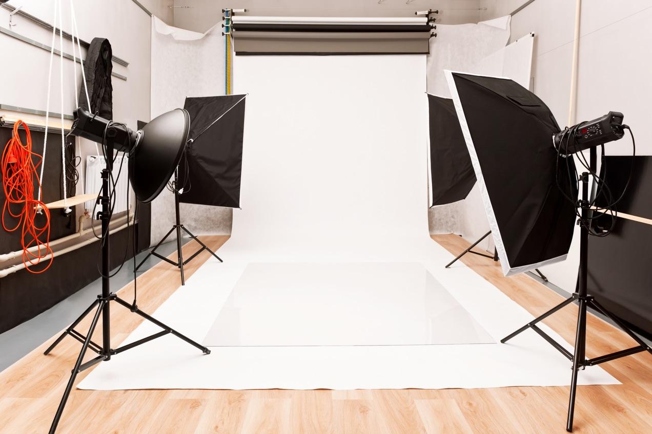Studio lighting with white background