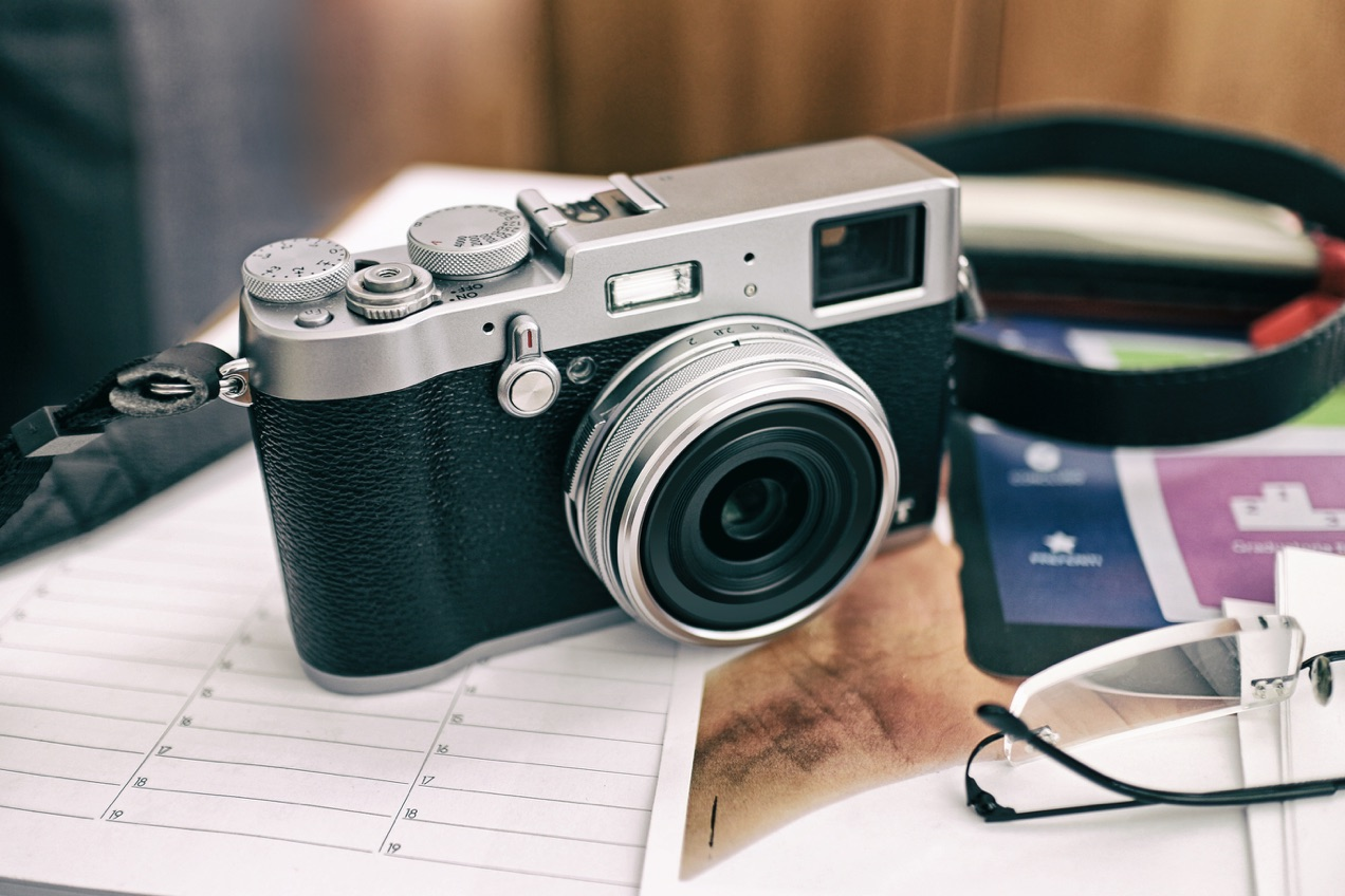 While professional product photographers will opt for a DSLR camera and shoot in RAW format, you don't need to invest in an expensive camera to create beautiful photos.