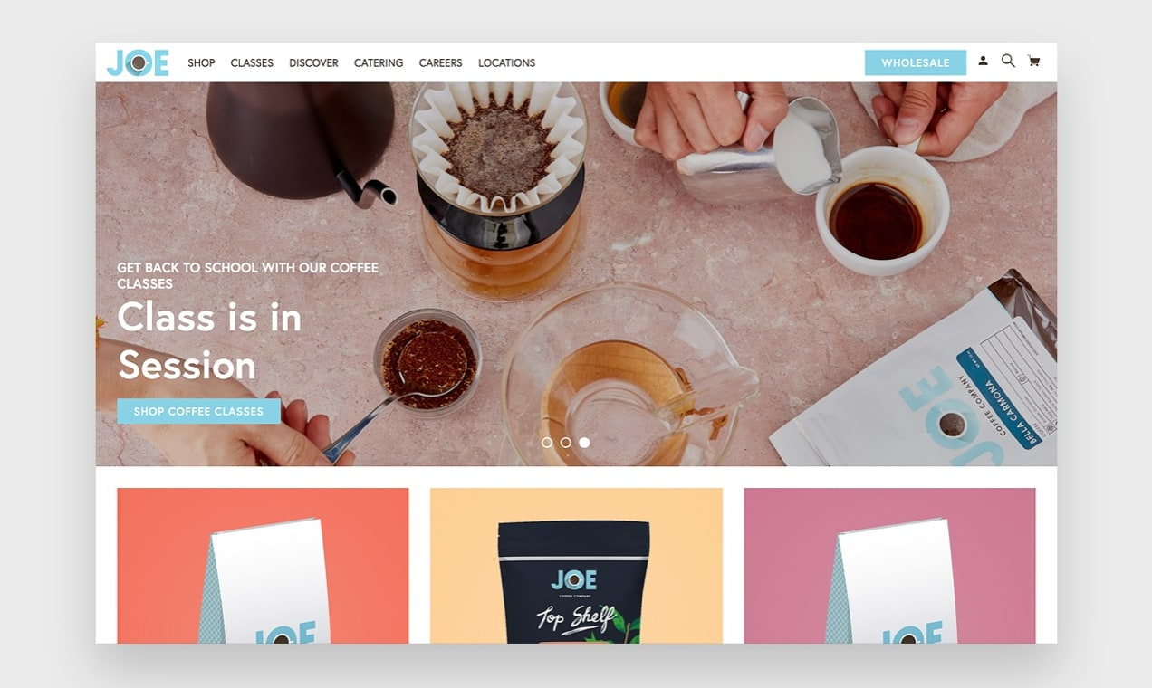 """Bir kahve şirketi web sitesinde """"ekranın üstünde"""" ekran görüntüsü"""